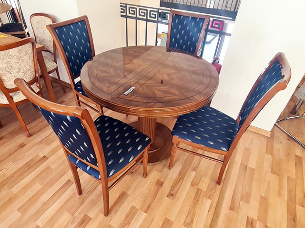 Esstisch Ausziehbar Kirschbaum 4 Stühle Gepolstert Gebraucht