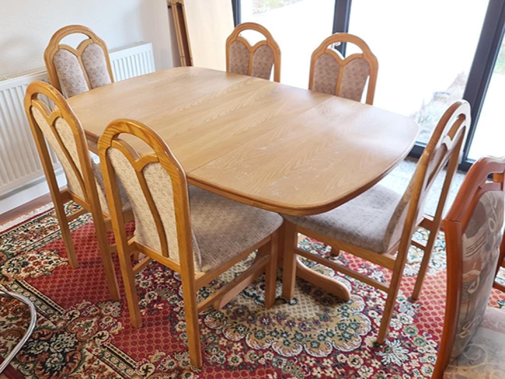 Esstisch Ausziehbar Erle Farben 4 Stühle Gepolstert Gebraucht