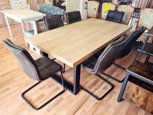 Esstisch ausziehbar glänzend-kirschbaum + 4 Stühle gepolstert (gebraucht)