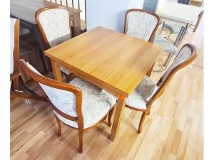 Esstisch ausziehbar glänzend kirschbaum + 4 Stühle gepolstert (gebraucht)